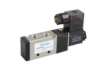 vanne électromagnétique 4V210-08 actionnée pilote pour le contrôle directionnel de système pneumatique